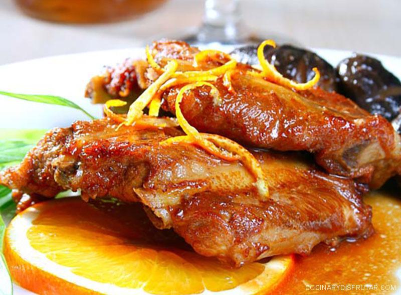 Costillas con salsa de naranja