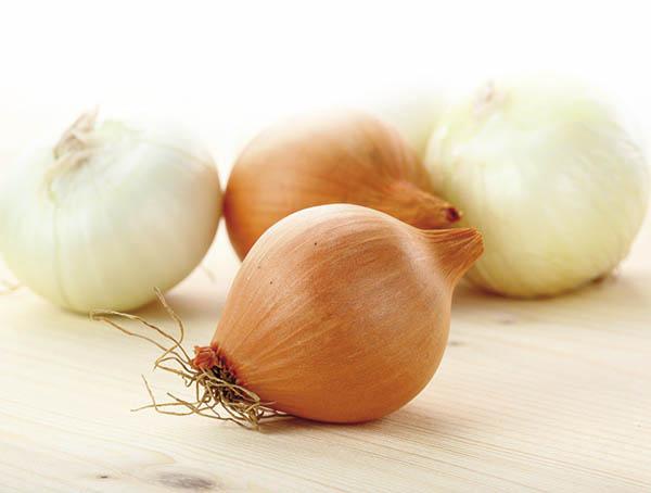 5 consejos para cortar cebollas sin llorar