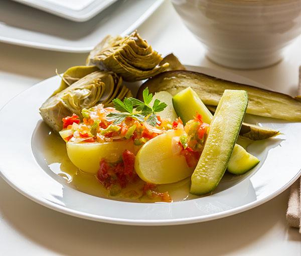 Verduras con vinagreta de pimientos. Cocina al vapor con Thermomix.