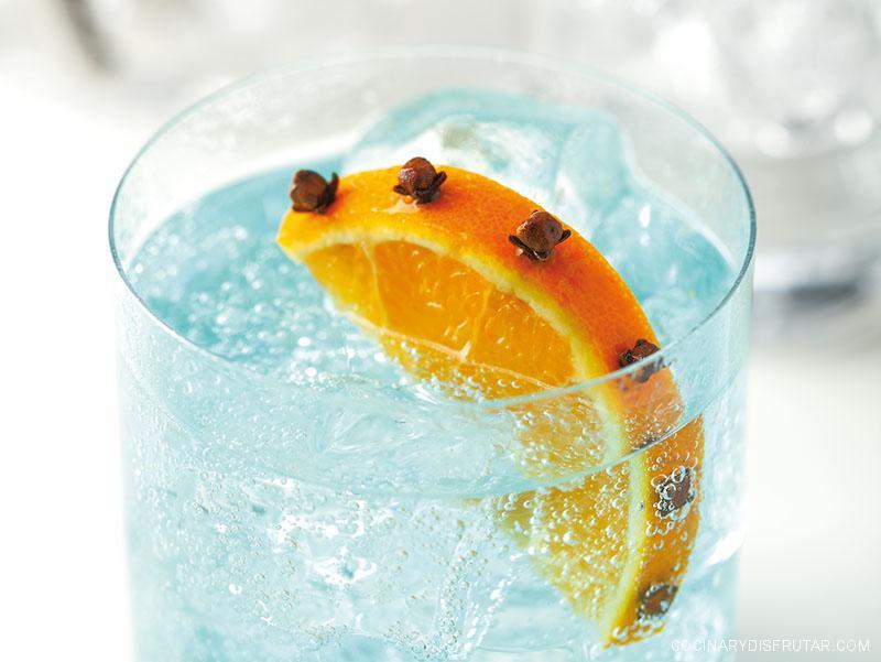 La hora del gintónic: Magellan con clavo y naranja
