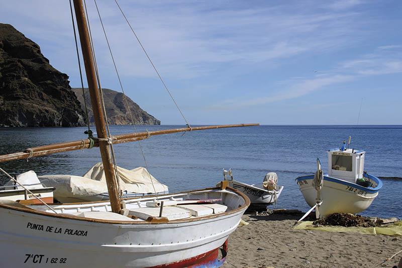 Barcos playa Almería